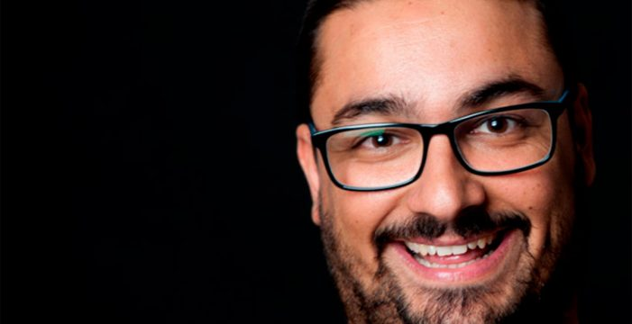 "Juanfree Batista, monologuista: ""Si en un grupo reducido se ríen todos, disfruto. Si no, mal asunto"""