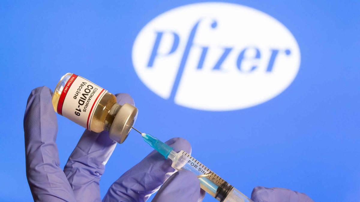 Imagen sobre la vacuna de Pfizer. Reuters