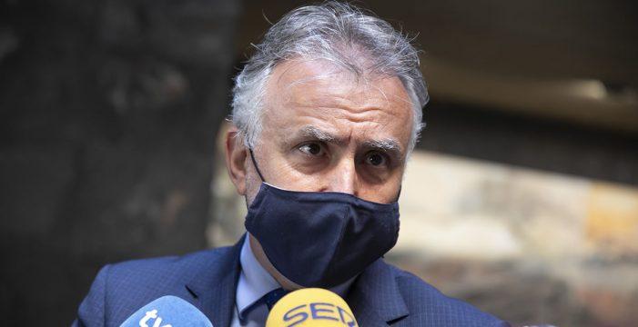 """Torres afirma que Canarias está en un momento """"trascendental"""" para poder cambiar """"a mejor"""" su modelo productivo"""