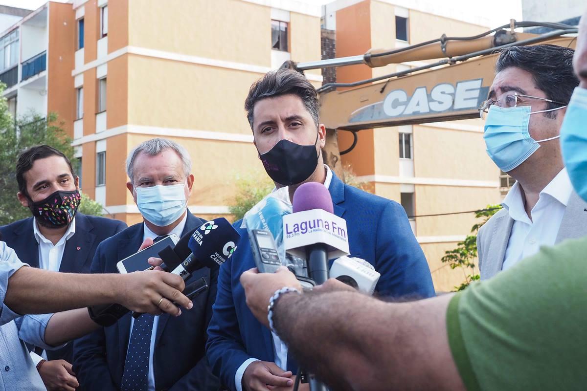 Luis Yeray Gutiérrez atiende a los medios junto a Pedro Martín, Sebastián Franquis y Rubens Ascanio. Sergio Méndez