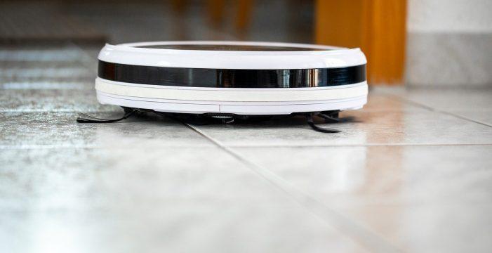 Así pueden hackear tu robot aspirador para grabarte a distancia