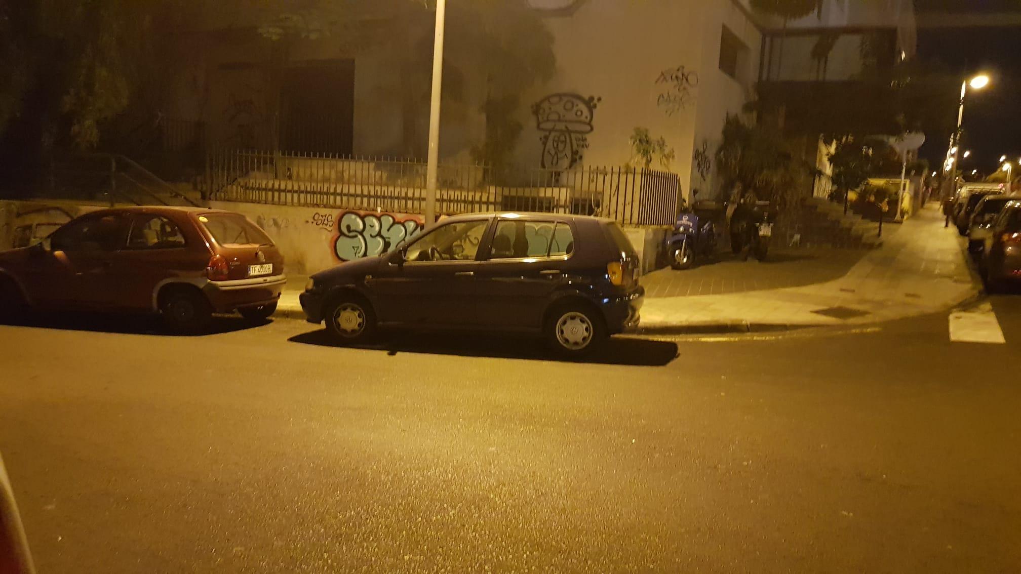 Vecinos de Santa Cruz, sorprendidos por la cantidad de multas de madrugada.   DA