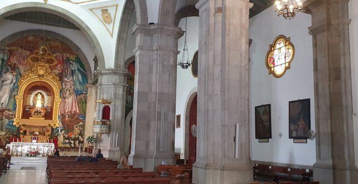 Las columnas de la Basílica de Candelaria están llenas de restos humanos