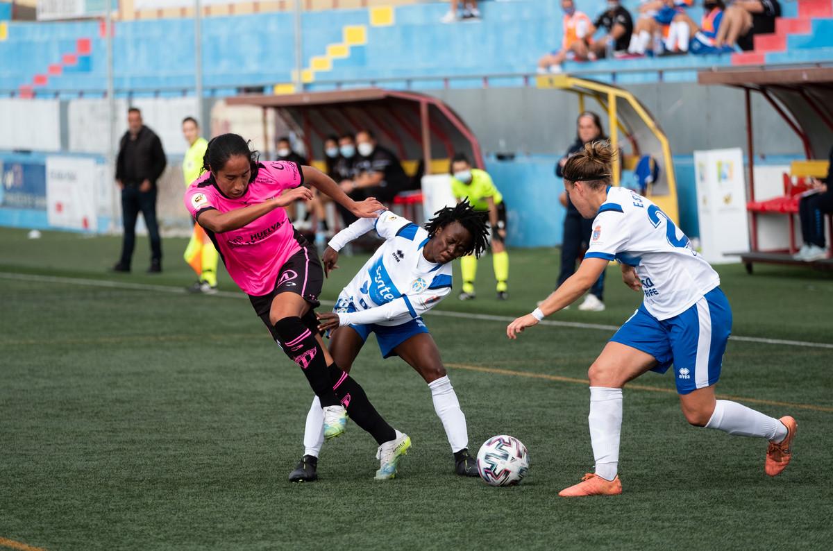 El Sporting de Huelva frena la racha victoriosa del UDG Tenerife Egatesa  (1-1)