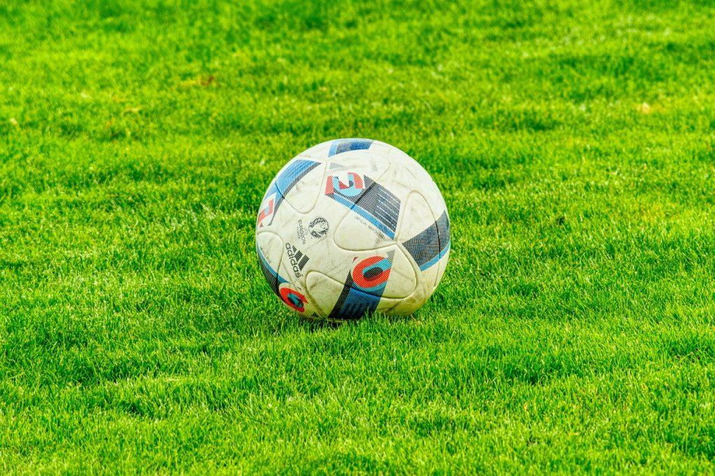 Balón de fútbol, imagen de recurso. Pixabay