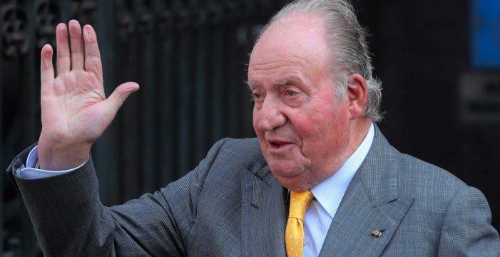 IU añade escándalos como el de las tarjetas black a su querella contra el rey Juan Carlos