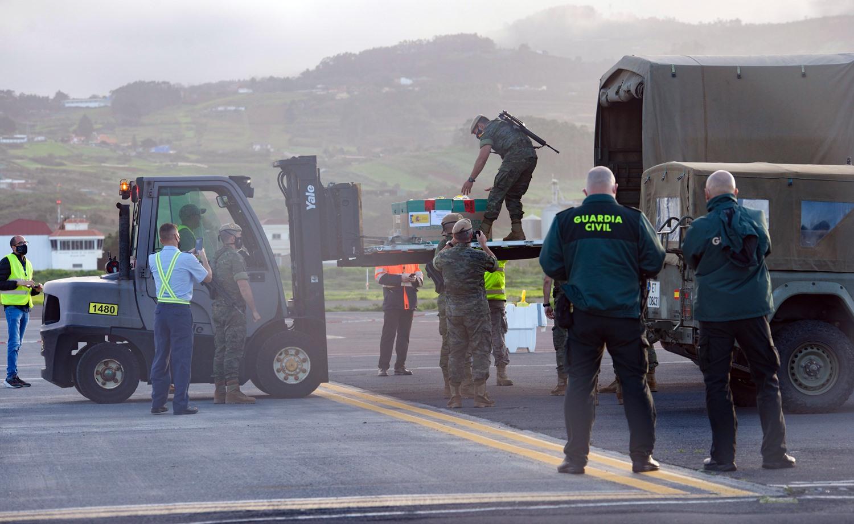 llegada vacunas de Pfizer a Tenerife Acfi 2