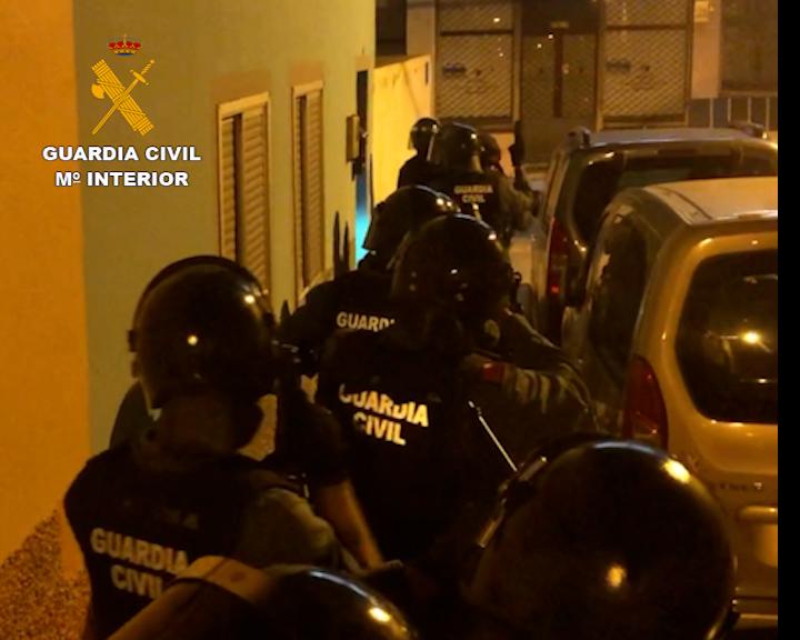 Desarticulado uno de los grupos criminales más activos en robos en viviendas habitadas en Tenerife.   DA