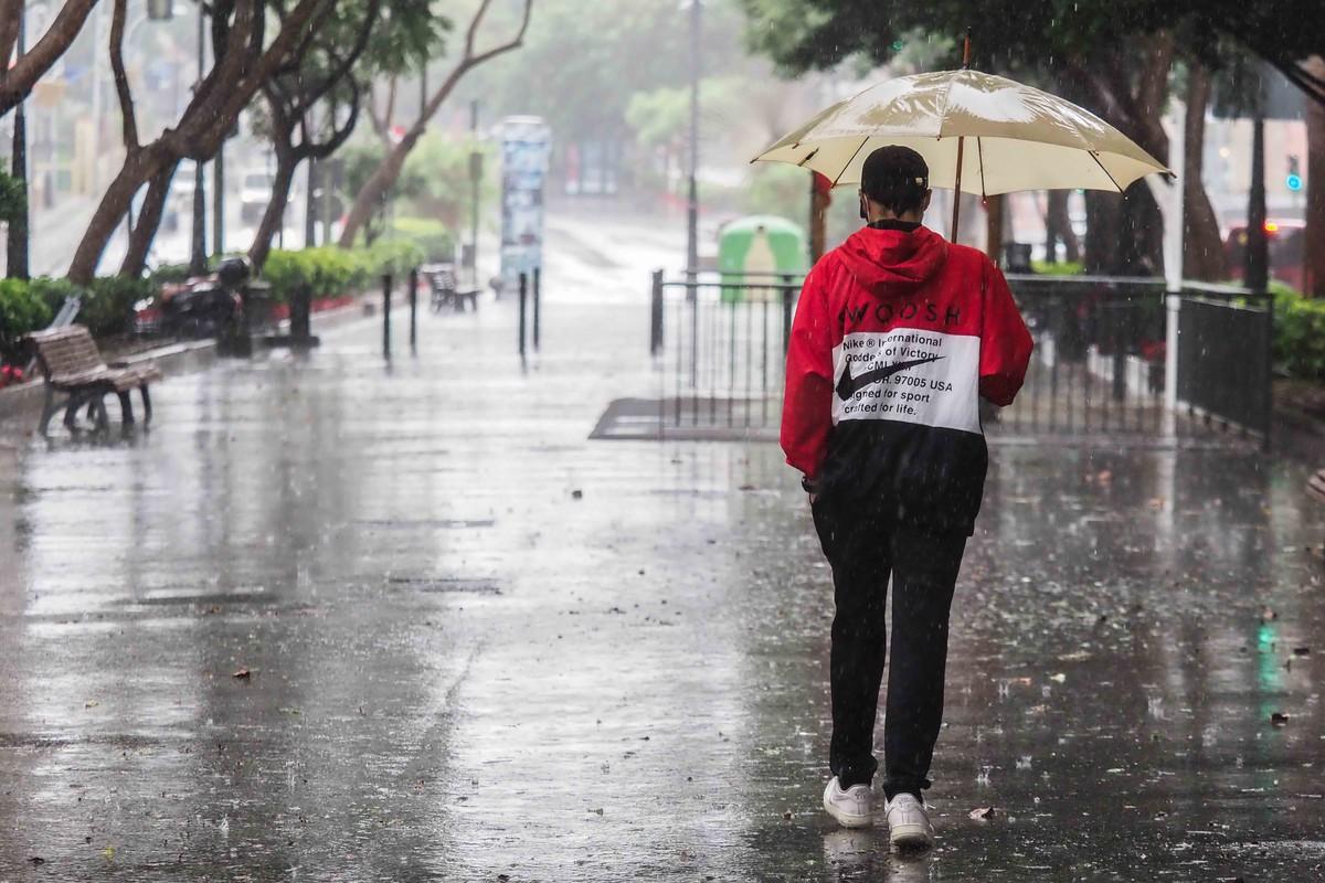 Lluvia en Santa Cruz. Fran Pallero