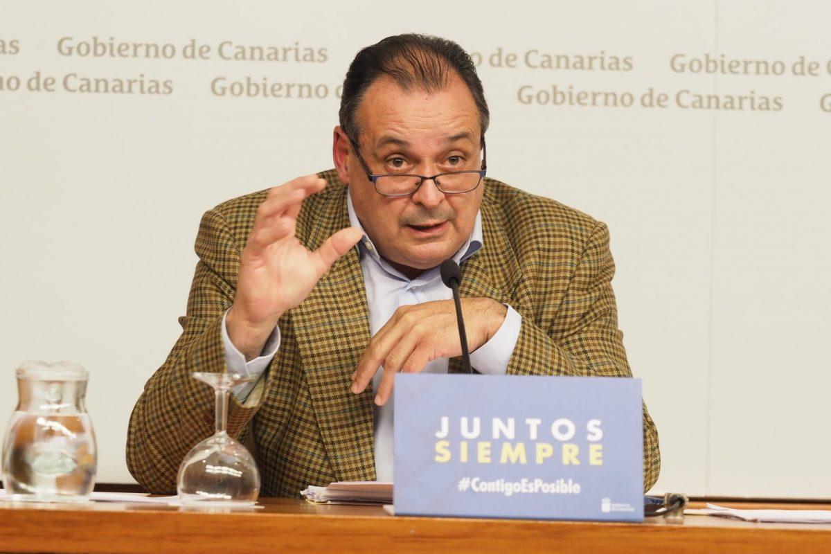 El consejero de Sanidad del Gobierno de Canarias, Blas Trujillo. Sergio Méndez
