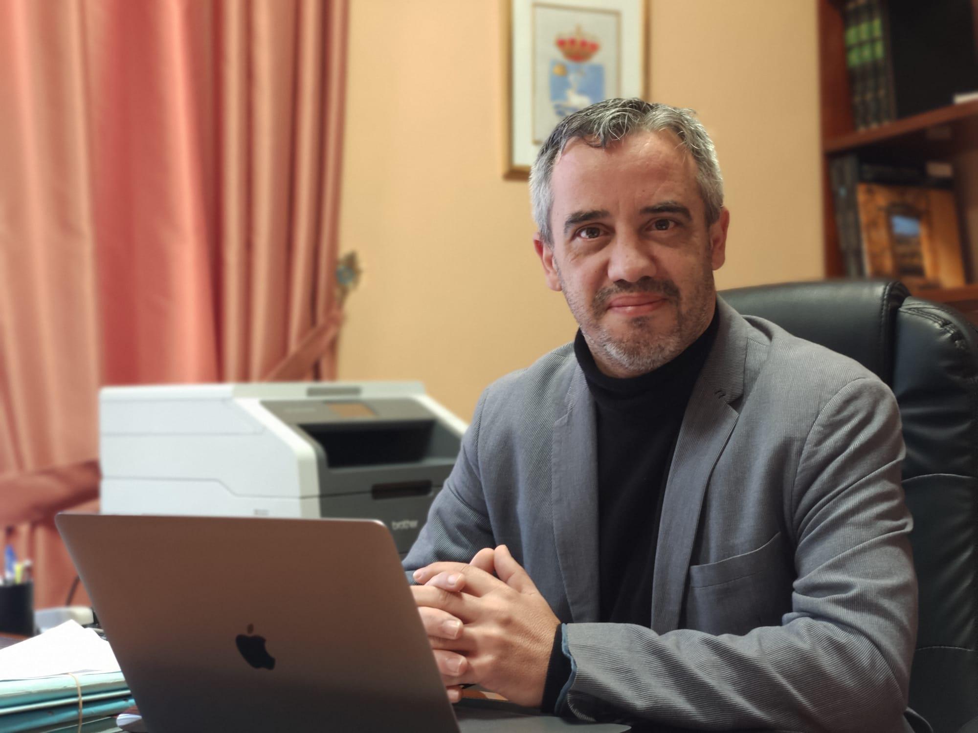 Jesús Ezequiel Domínguez accedió a la Alcaldía el asado 23 de diciembre gracias al pacto con AIS-CC. DA
