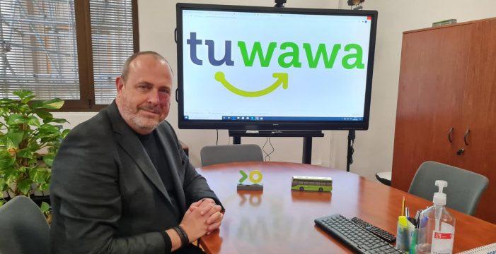 De estar incomunicado en Tenerife a que te acerquen a la parada: 'Tuwawa'