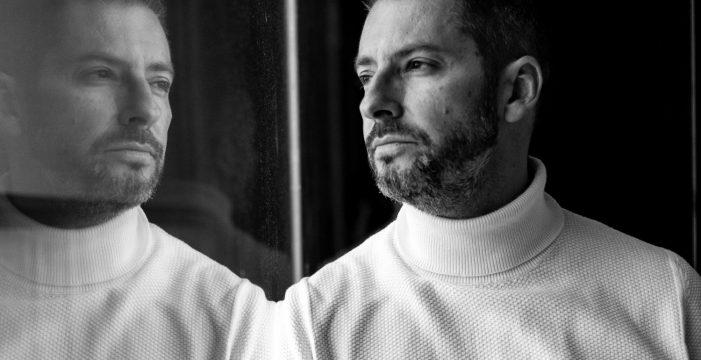José Luis Castillo interpreta 'Nach Bach: vasos comunicantes' en el Auditorio de Tenerife