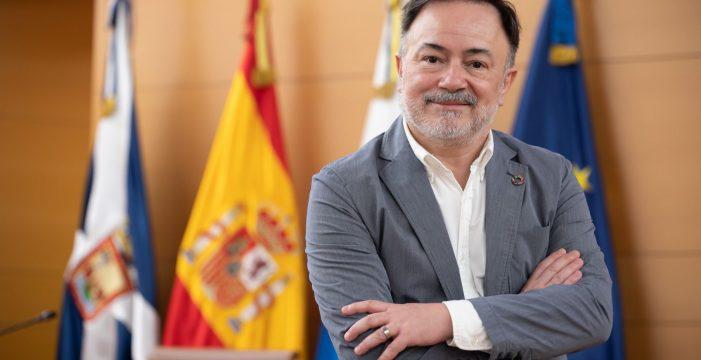 """Dimite """"por motivos personales"""" el consejero de Turismo del Cabildo"""