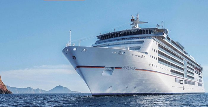El crucero MS Europa 2 hace escala en El Hierro con 130 pasajeros
