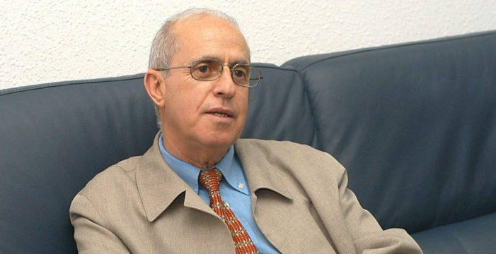 """Tomás Padrón, expresidente del Cabildo de El Hierro: """"A Olarte le regalé un cuchillo para que se cuidara de las traiciones"""""""