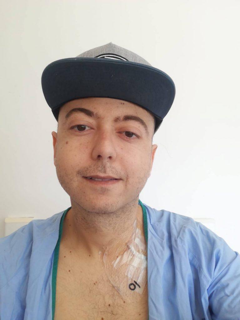El tinerfeño Javier, de 32 años, siempre se ha mostrado positivo frente a la enfermedad. DA