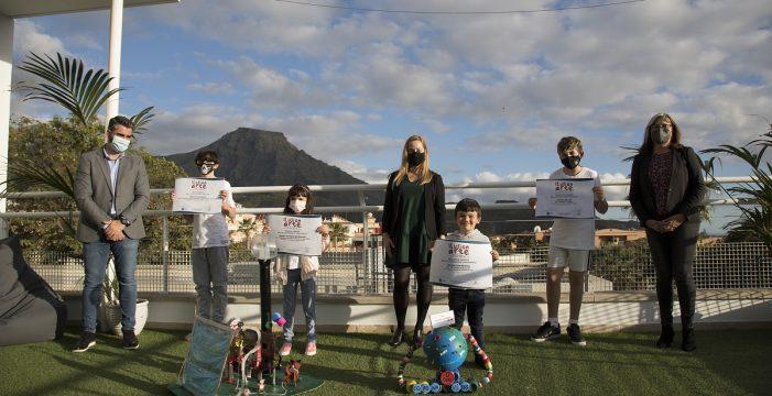 Adeje y DIARIO DE AVISOS entregan los premios del concurso 'Ilusionarte'