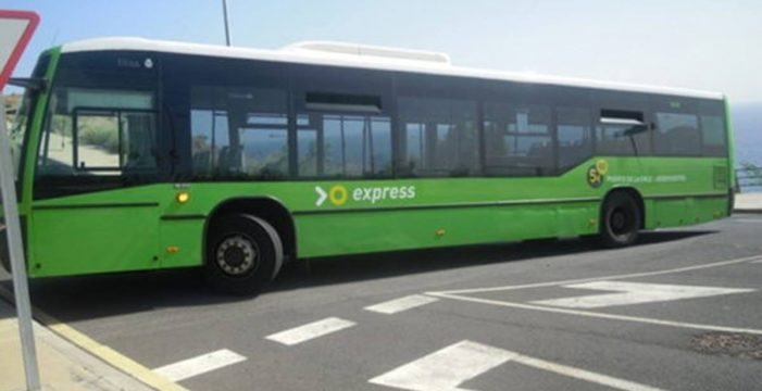 """José Alberto León: """"El transporte urbano dentro de Tacoronte es competencia del Ayuntamiento"""""""