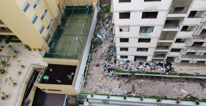 Hartos de vivir rodeados de ratas y basura 'por culpa' del Iders