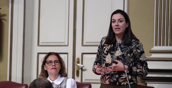 Fleitas insta a Educación a dar visibilidad a la figura de la mujer en la ciencia