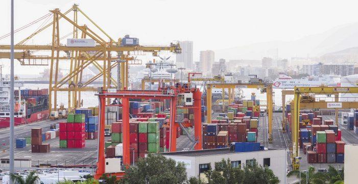 Los empresarios de Santa Cruz, desesperados por la lentitud en los contenedores