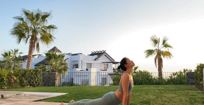 Xuan Lan, la mayor 'influencer' del yoga en España, graba en Tenerife