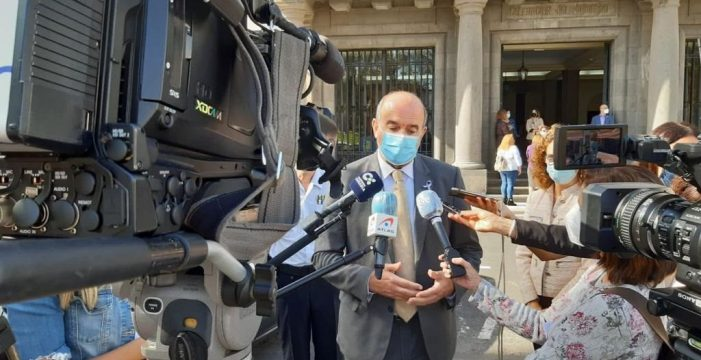 """Pestana asegura que """"siempre"""" están alerta ante infiltraciones del yihadismo en Canarias"""