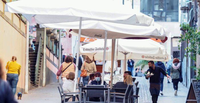 Sanidad no prevé que Tenerife baje de nivel de alerta