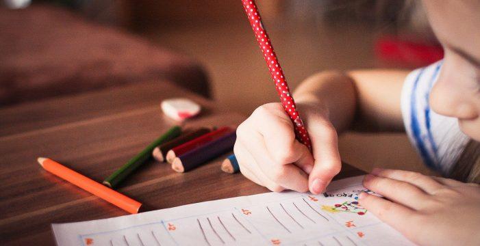 """Maestras de Infantil con más de 60 años sin vacunar: """"Nos sentimos vulnerables en el aula"""""""