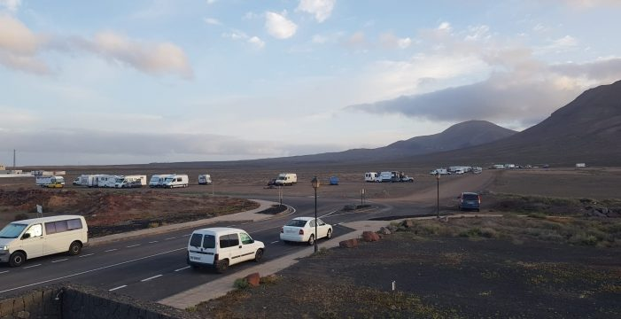 Indignación por el desalojo masivo de caravanas en Papagayo