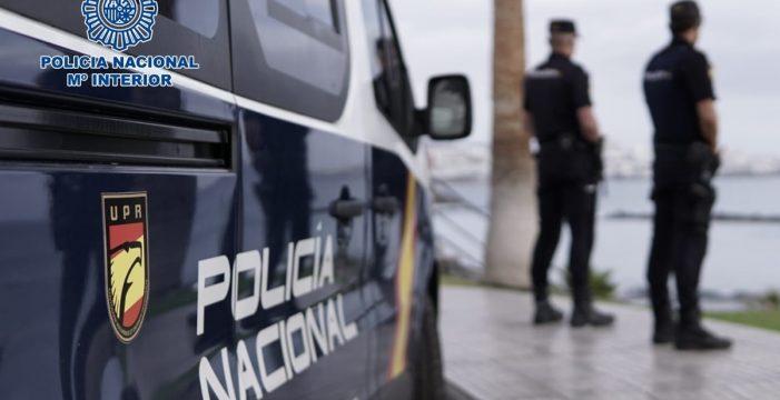 Móviles, dinero y hasta una bicicleta;  cometió doce robos en un mes en Santa Cruz y La Laguna
