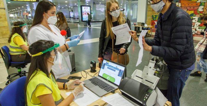 El cribado a viajeros nacionales llegados a Canarias detecta más de 750 positivos