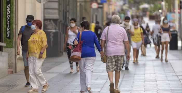 Las mascarillas dejarán de ser obligatorias al aire libre el 26 de junio