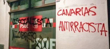 Aparecen pintadas en la sede del PSOE en La Laguna