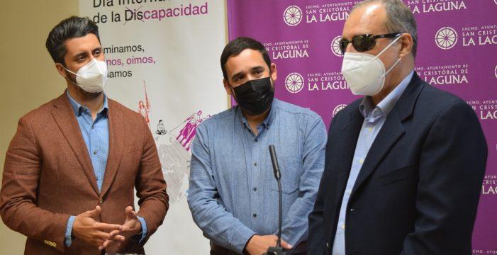 La Laguna ofrece un servicio de guías-intérpretes para personas sordociegas
