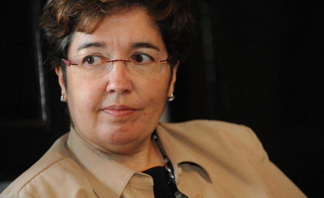 La filóloga tinerfeña Dolores Corbella opta a ocupar la silla 'i' en la Real Academia Española