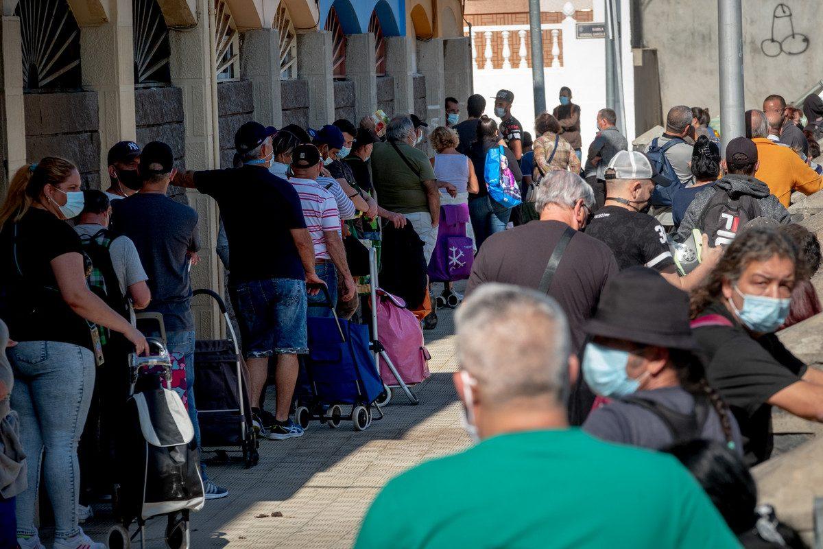 La miseria que no cesa en Santa Cruz: la asociación García Escámez, desbordada