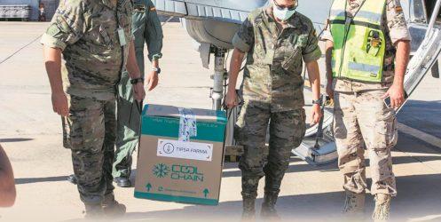 Canarias coge velocidad de crucero: llegan más de 100.000 vacunas