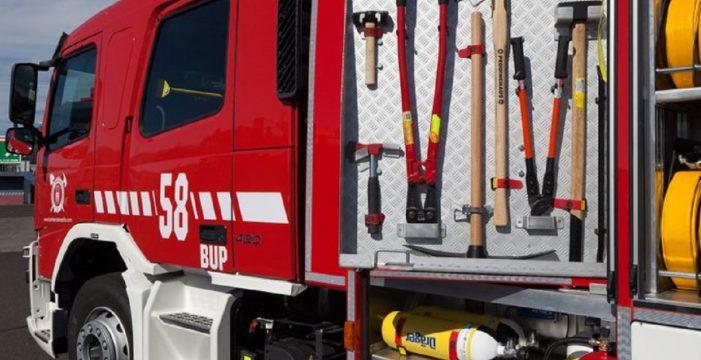 Un incendio en un centro comercial de Lanzarote deja tres heridos