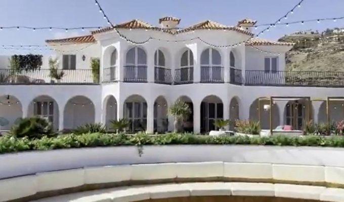 Villa de 'Love Island'. Twitter