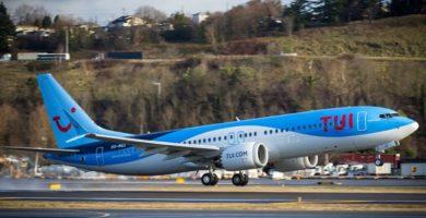 """Un avión de TUI tuvo un """"incidente grave"""" al confundir el peso de mujeres con el de niños"""