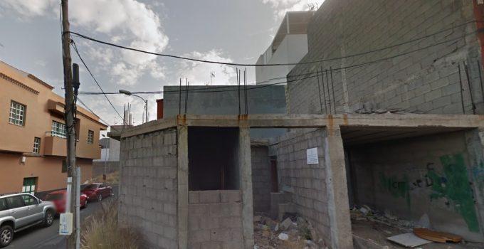 Urbanismo amenaza con expropiar  edificios a medio terminar en Santa Cruz