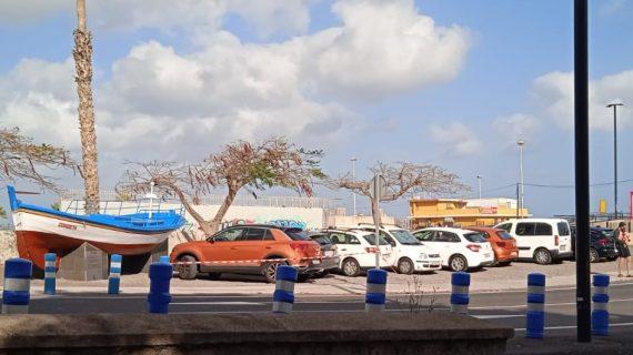 Un aparcamiento improvisado en San Andrés para conductores incívicos