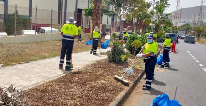 Candelaria inicia una limpieza integral en el Polígono Industrial