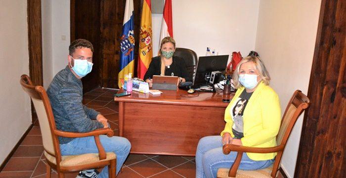 Los Silos y Buenavista piden terminar con los cortes de suministro eléctrico en la Isla Baja
