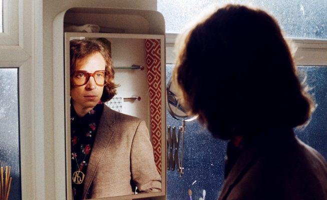 """Joel Sarakula: """"La música de los 60 y 70 atrajo a muchas de las mentes más creativas de la época"""""""