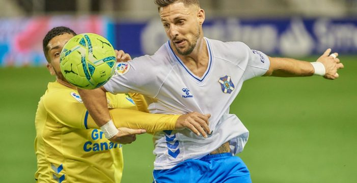 Al CD Tenerife solo vale ganar en Las Gaunas para tener alguna opción de 'play-off'