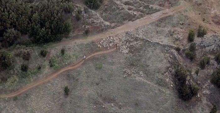 El documental 'Vida y muerte en un mismo camino' se estrena este viernes en Buenavista