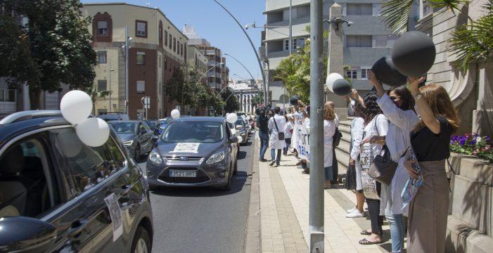 Los médicos especialistas salen a la calle exigiendo una solución al abuso de temporalidad